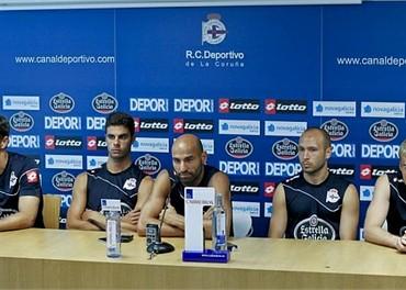 Los futbolistas del Deportivo amenazan al club