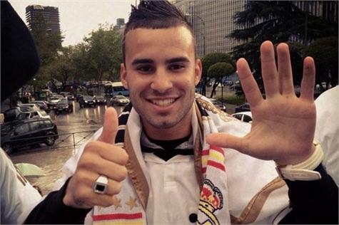 Jesé renueva con el Real Madrid